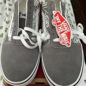 Vans  Frost Gray Off the Wall Shoes Size 10.5